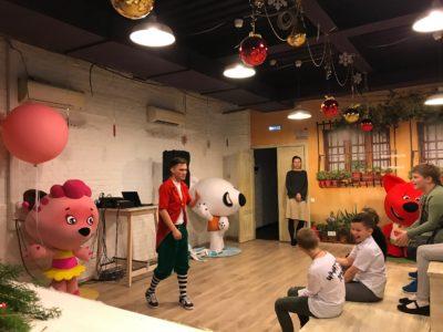 Новый год для детей на студии Паровоз