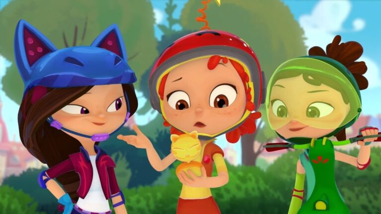 NEW SEASON OFTHE ADVENTURES OFYOUNG WITCHES ONMULT TVCHANNEL